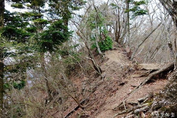 ナナメ歩き - 仏果山
