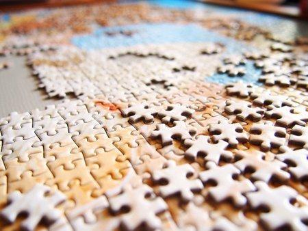 パズルを繋ぐのに考える必要はない