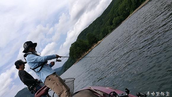 檜原湖SHINGOガイド