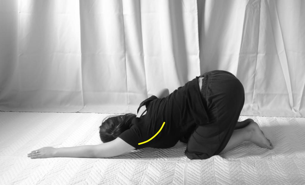 ○○肘には広背筋のストレッチ